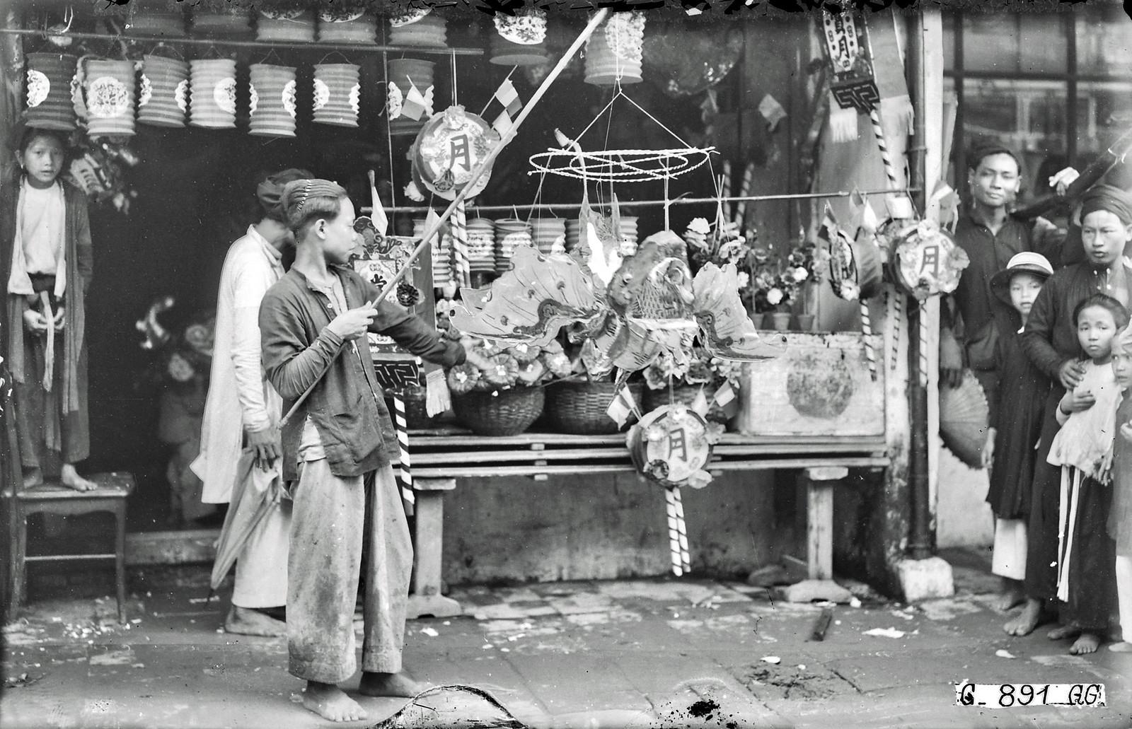 Ảnh tư liệu quý giá về tết Trung thu ở Hà Nội năm 1926