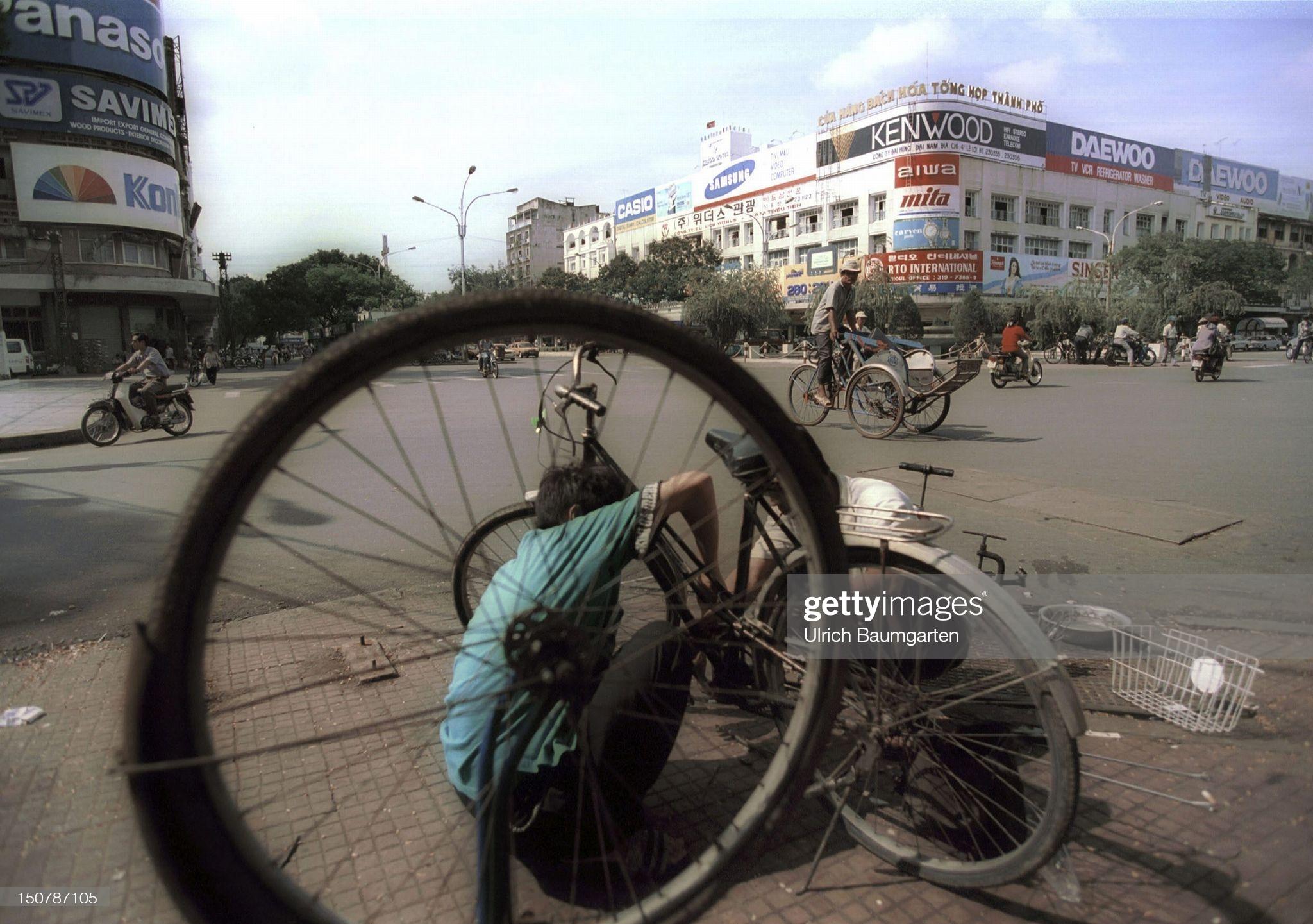 Chùm ảnh: Việt Nam năm 1994 qua ống kính của Ulrich Baumgarten